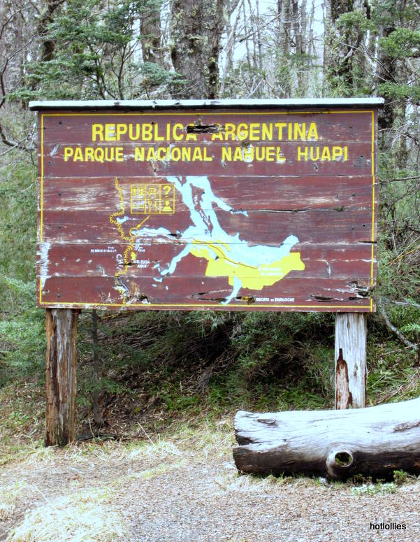 Argentinian Border sign