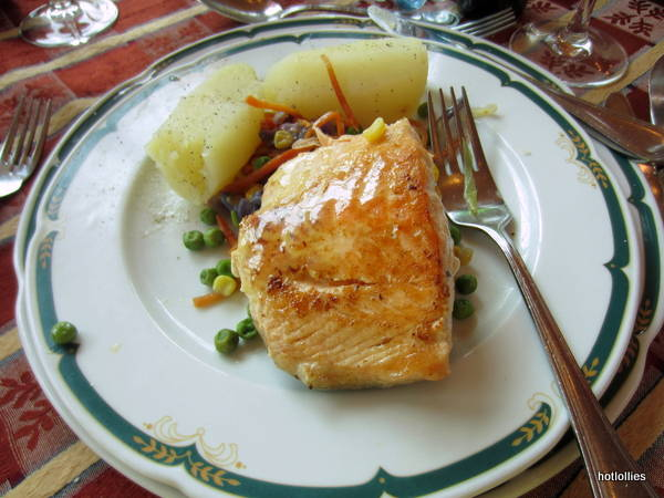 Salmon lunch at Natura